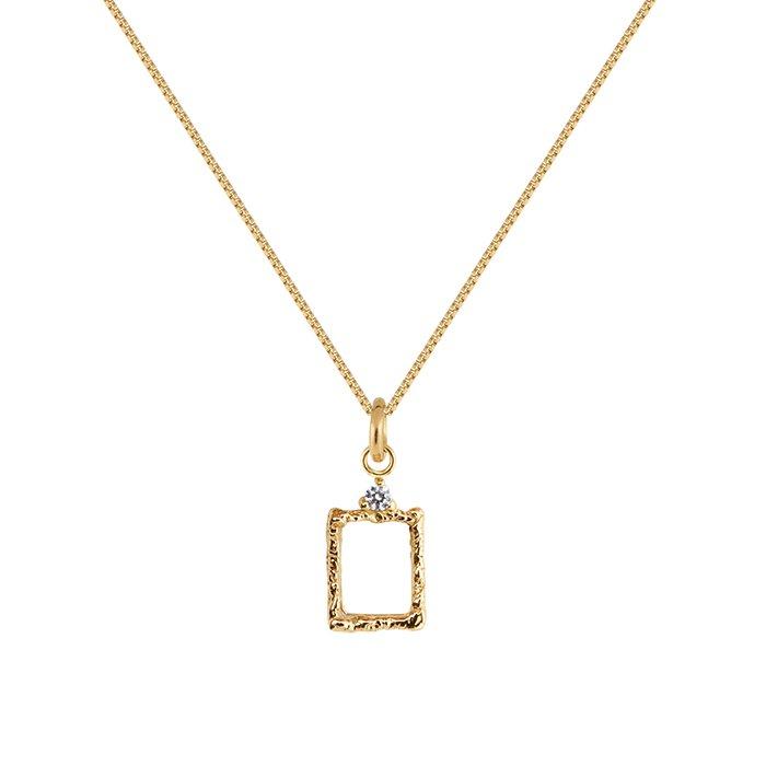 : - Lady Frame Necklace Bronze