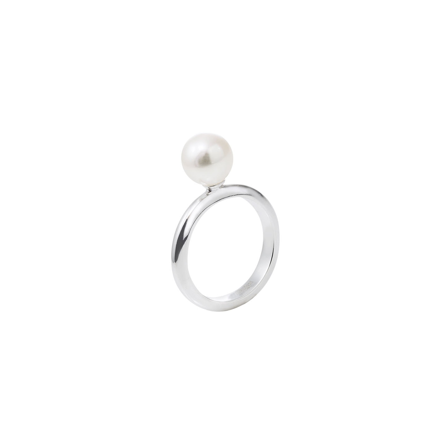 : - Le Pearl Ring