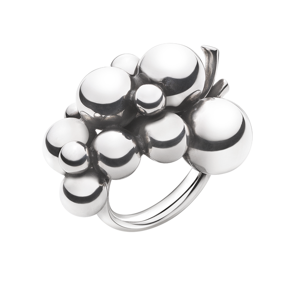 : - Moonlight Grapes Ring Silver Stor