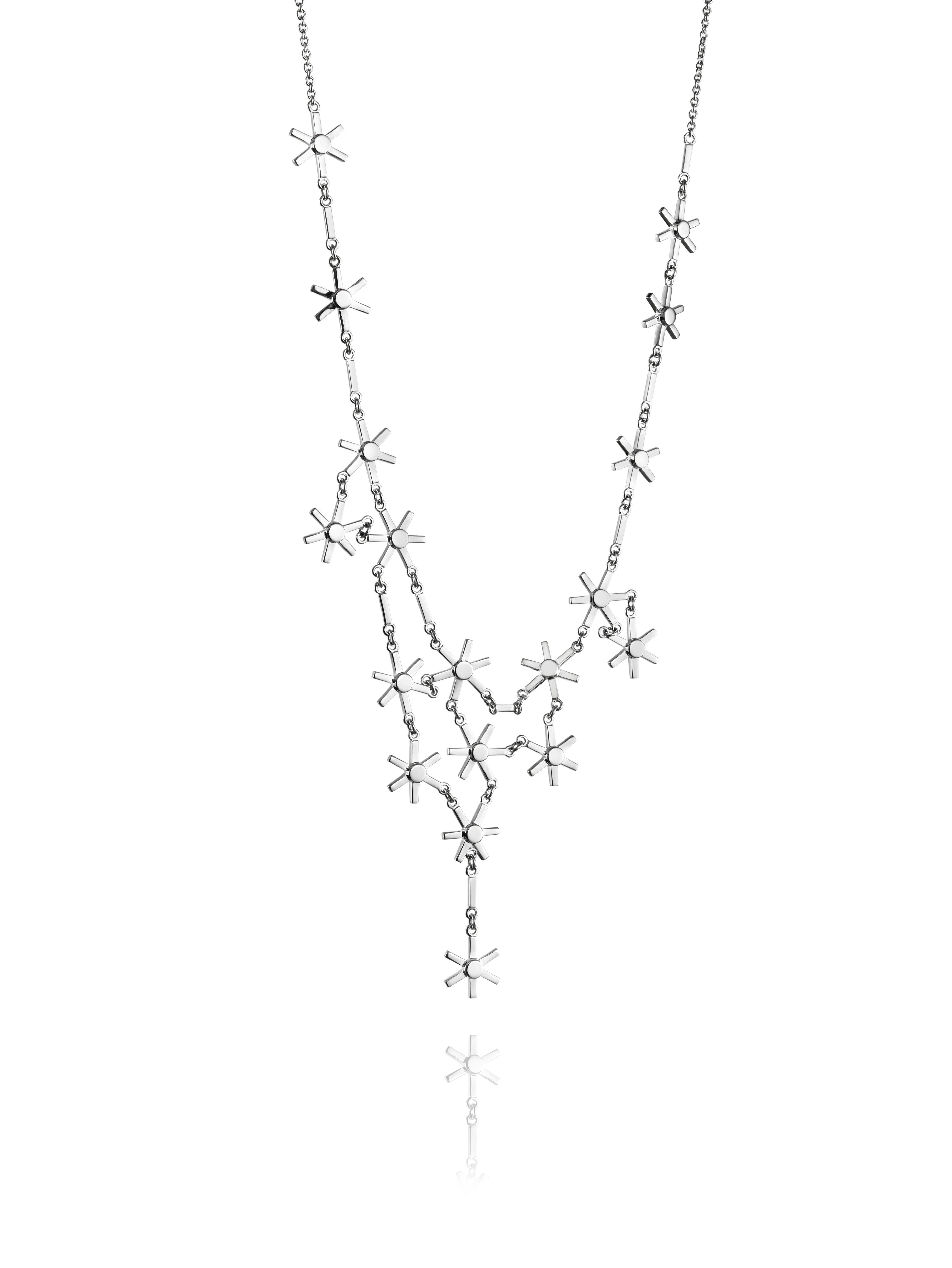 : - Starflower collier