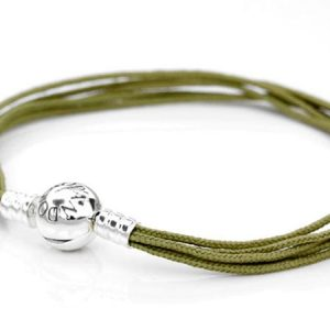Moments Olive Multi-String Bracelet från Pandora