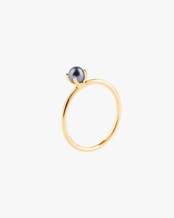 Petite Pearl Midnight Ring Gold från Drakenberg Sjölin