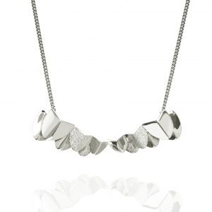 Roof big neck 40-45 Silver från CU Jewellery