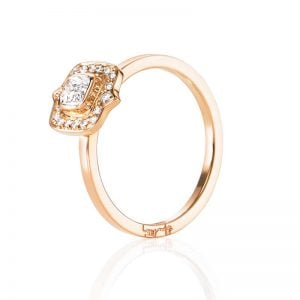 The Mrs Ring 0.30 ct Guld från Efva Attling